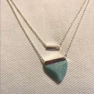 NWT Stella & Dot Stone Pendant Necklace